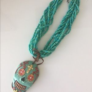 Jewelry - Super funky skull necklace